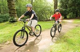 kids_on_bikes